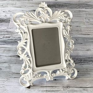 Large ornate 5x7 picture frame